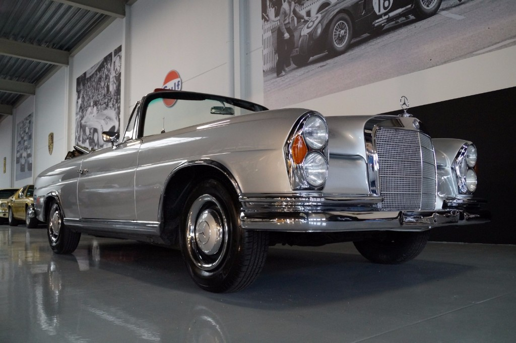 Buy this MERCEDES-BENZ 250 1967  at Legendary Classics (2)