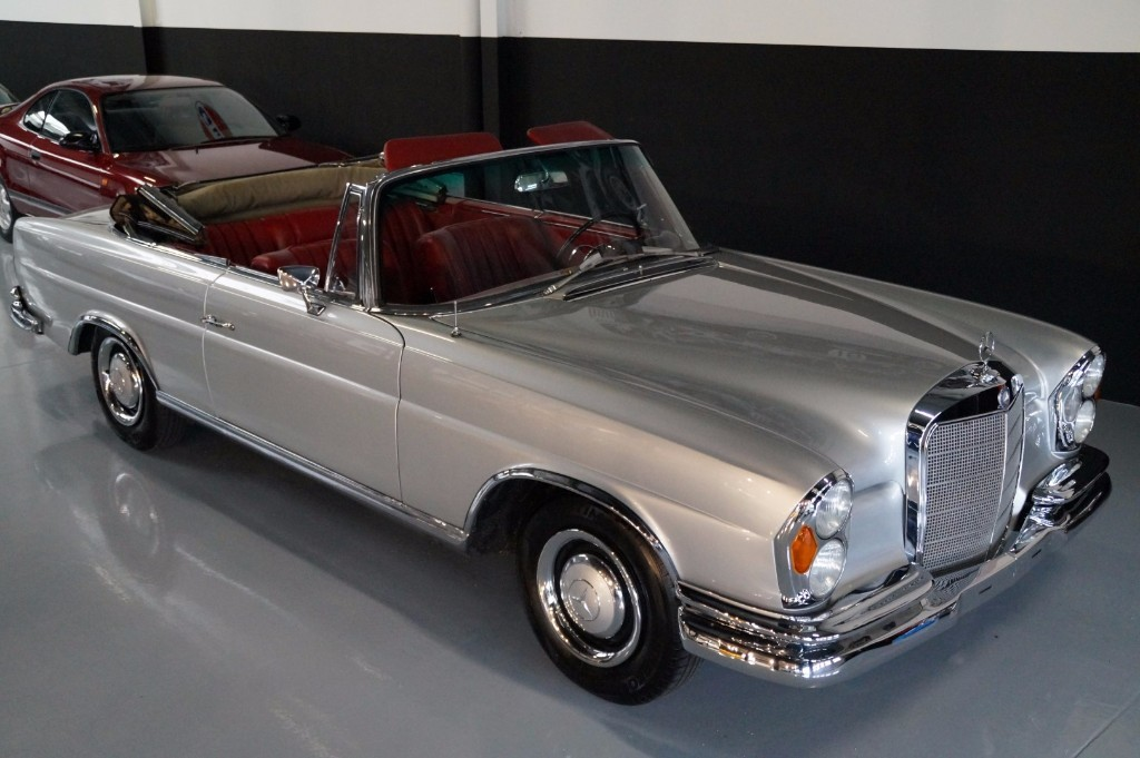 Buy this MERCEDES-BENZ 250 1967  at Legendary Classics (13)