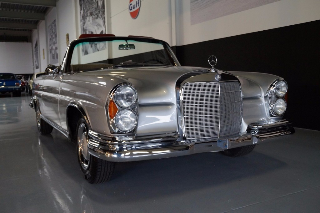 Buy this MERCEDES-BENZ 250 1967  at Legendary Classics (14)