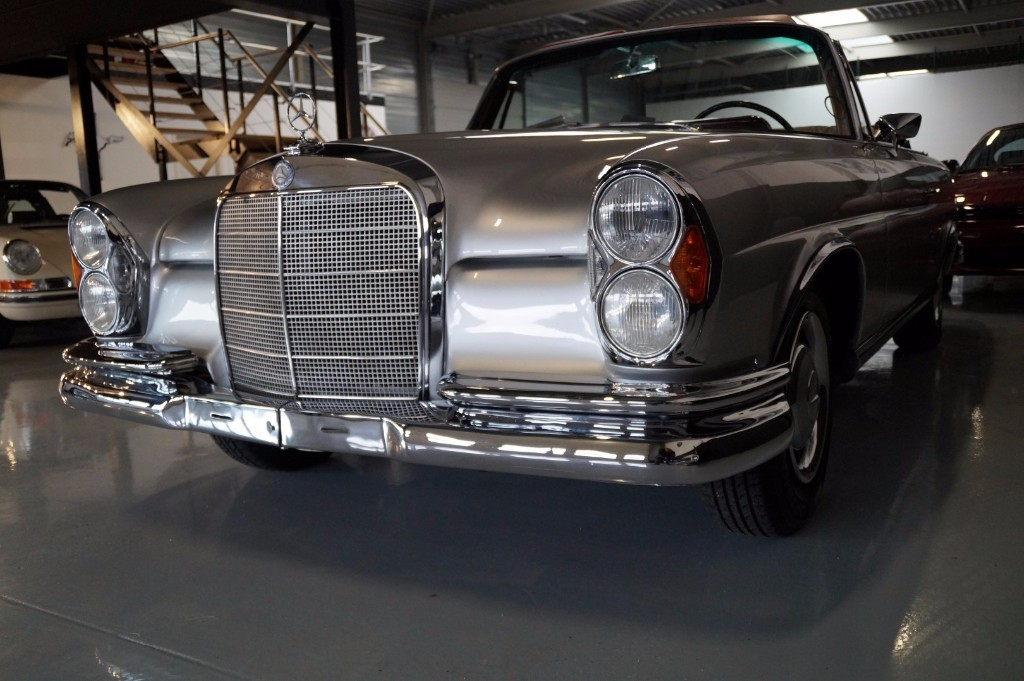 Buy this MERCEDES-BENZ 250 1967  at Legendary Classics (17)