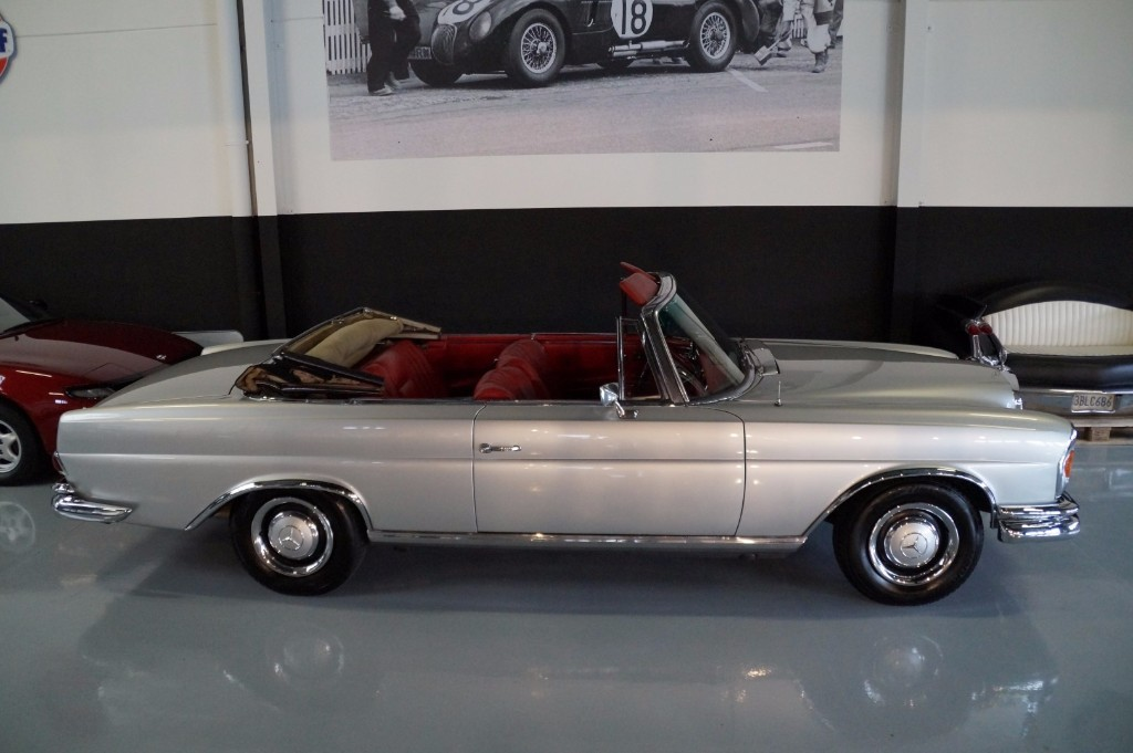 Buy this MERCEDES-BENZ 250 1967  at Legendary Classics (19)