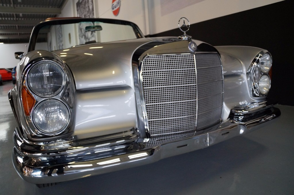 Buy this MERCEDES-BENZ 250 1967  at Legendary Classics (7)