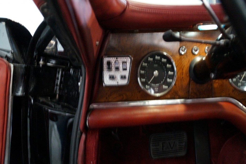 Buy this FACEL VEGA EXCELLENCE 1958  at Legendary Classics (38)