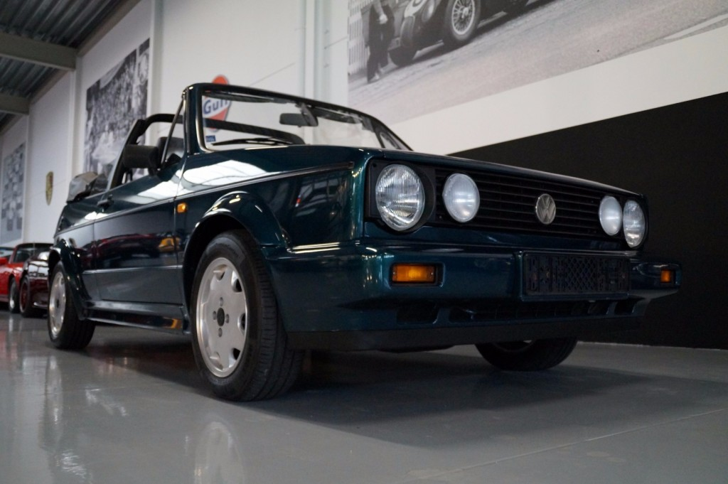 Buy this VOLKSWAGEN GOLF 1993  at Legendary Classics (2)