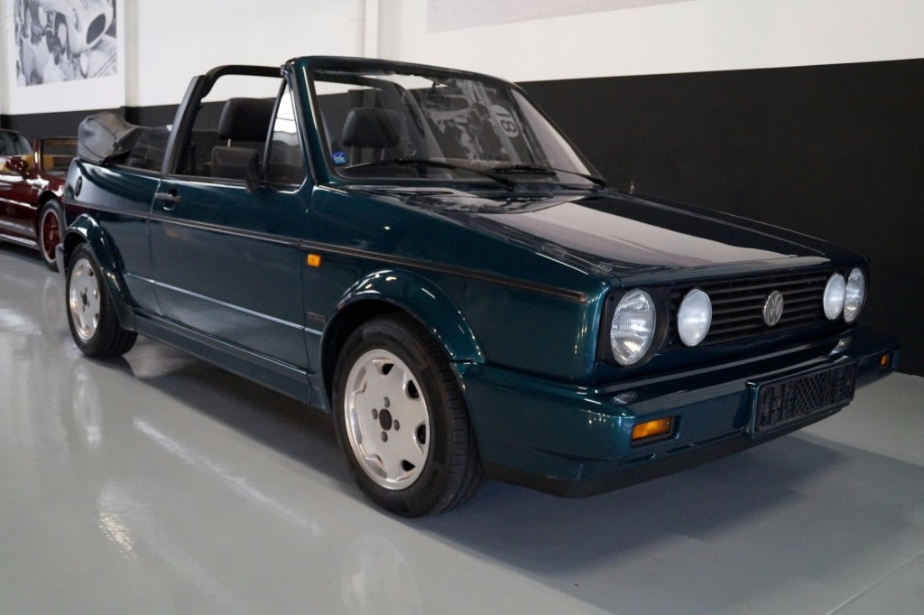 Buy this VOLKSWAGEN GOLF 1993  at Legendary Classics (11)