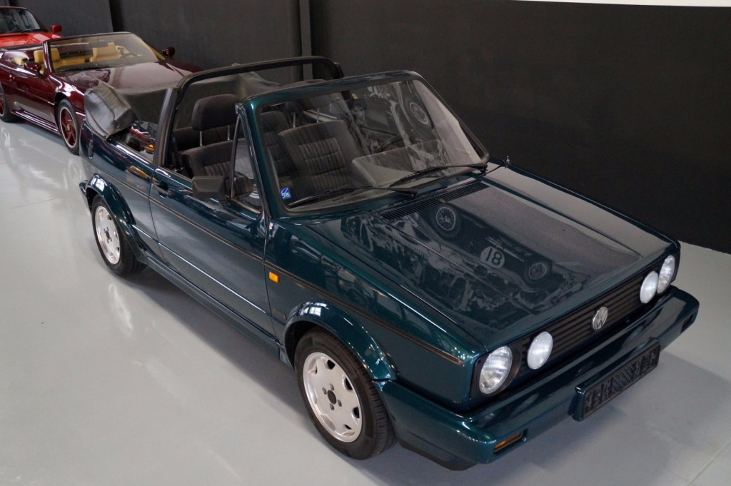 Buy this VOLKSWAGEN GOLF 1993  at Legendary Classics (12)