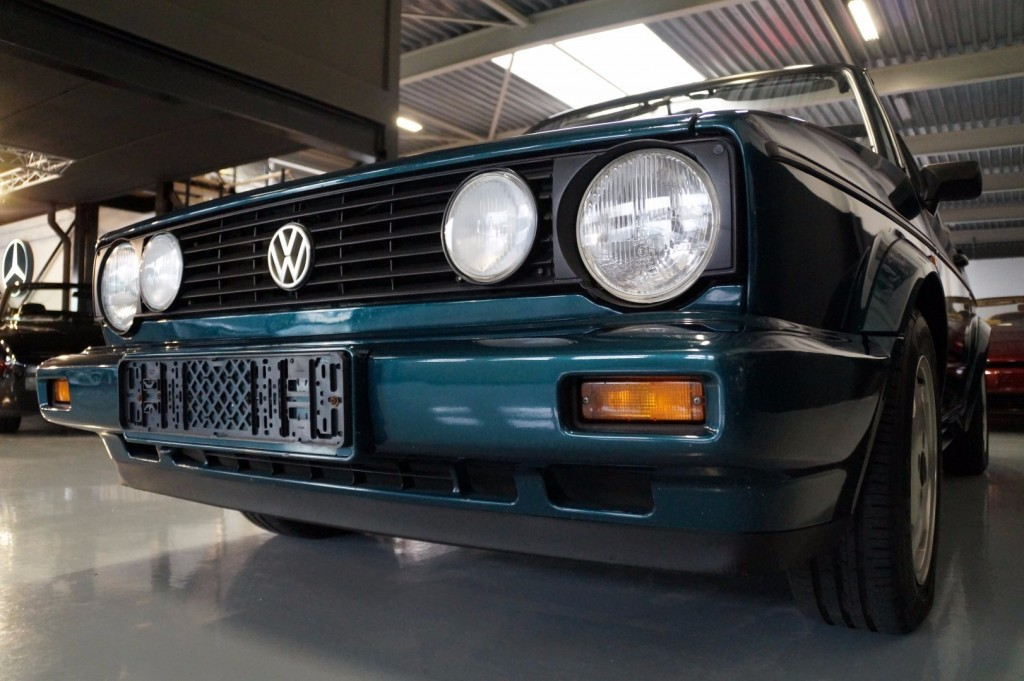 Buy this VOLKSWAGEN GOLF 1993  at Legendary Classics (22)
