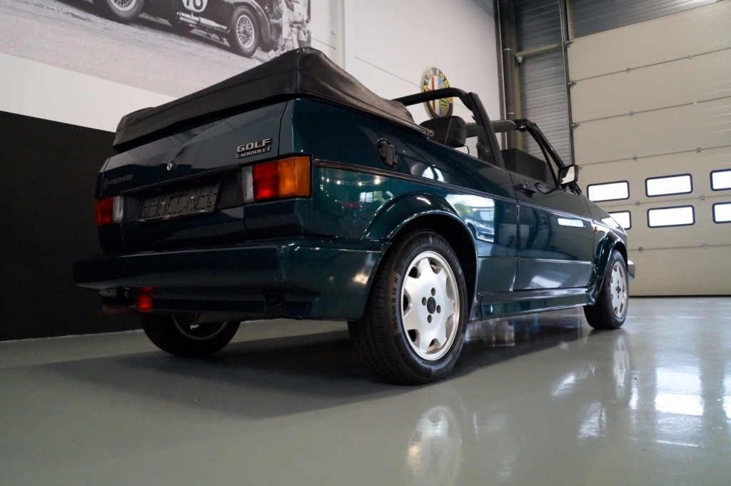 Buy this VOLKSWAGEN GOLF 1993  at Legendary Classics (4)