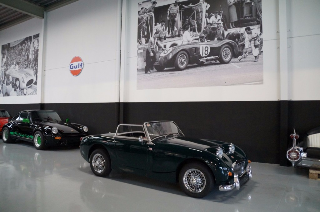 Buy this AUSTIN HEALEY SPRITE 1960  at Legendary Classics (1)