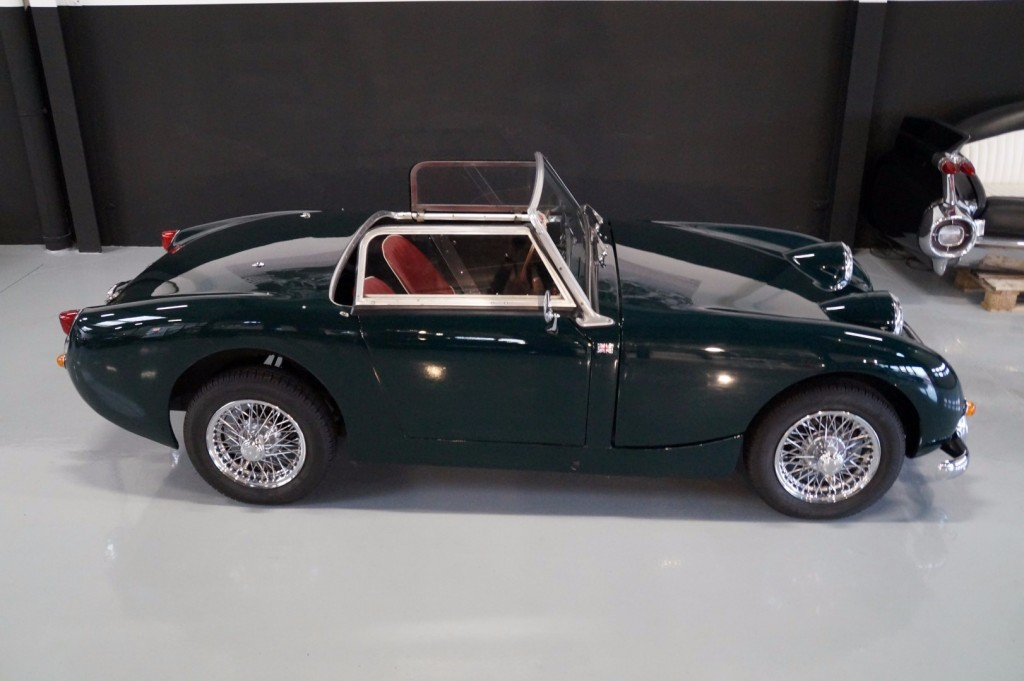 Buy this AUSTIN HEALEY SPRITE 1960  at Legendary Classics (3)