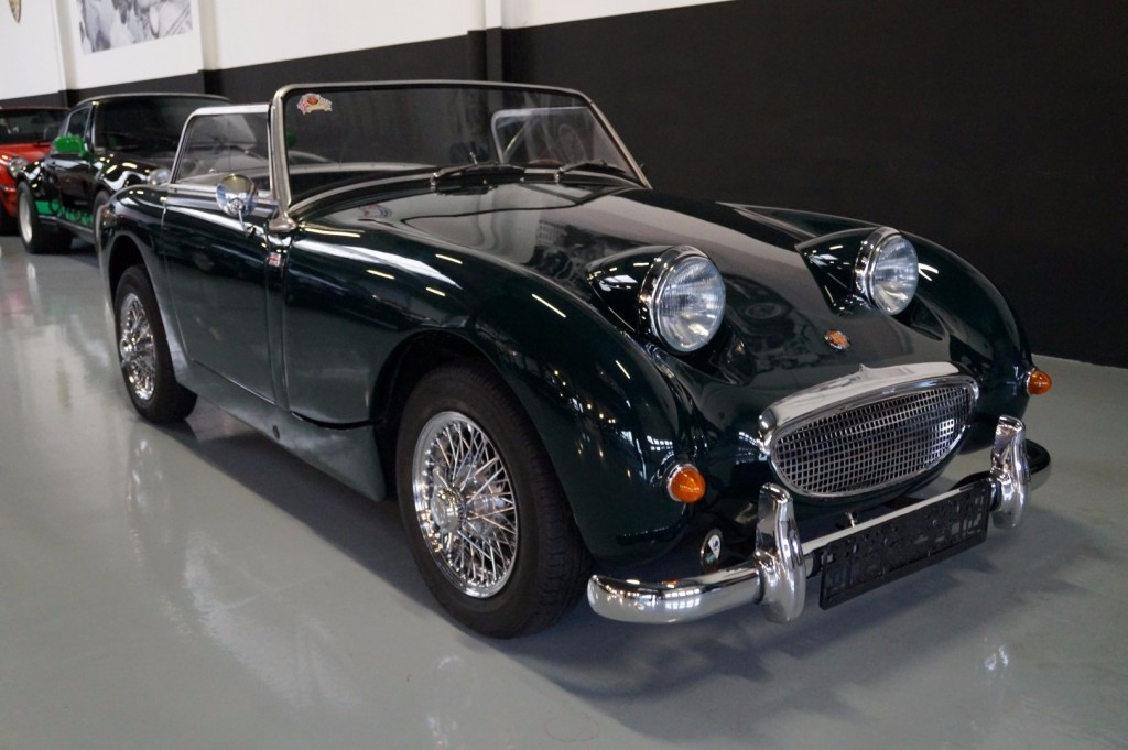 Buy this AUSTIN HEALEY SPRITE 1960  at Legendary Classics (36)