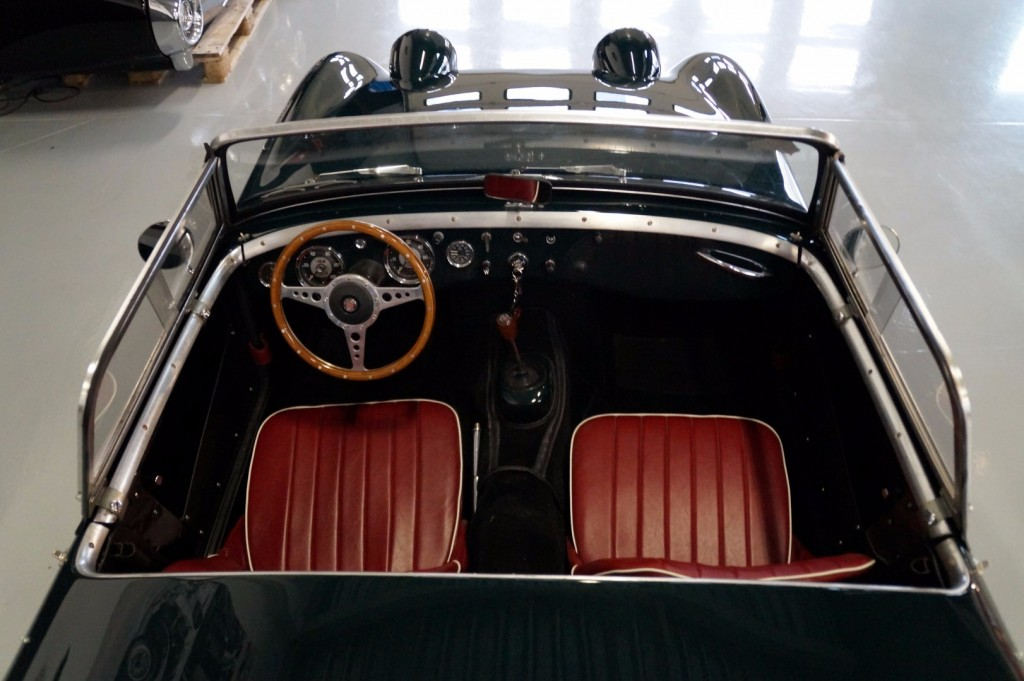 Buy this AUSTIN HEALEY SPRITE 1960  at Legendary Classics (6)