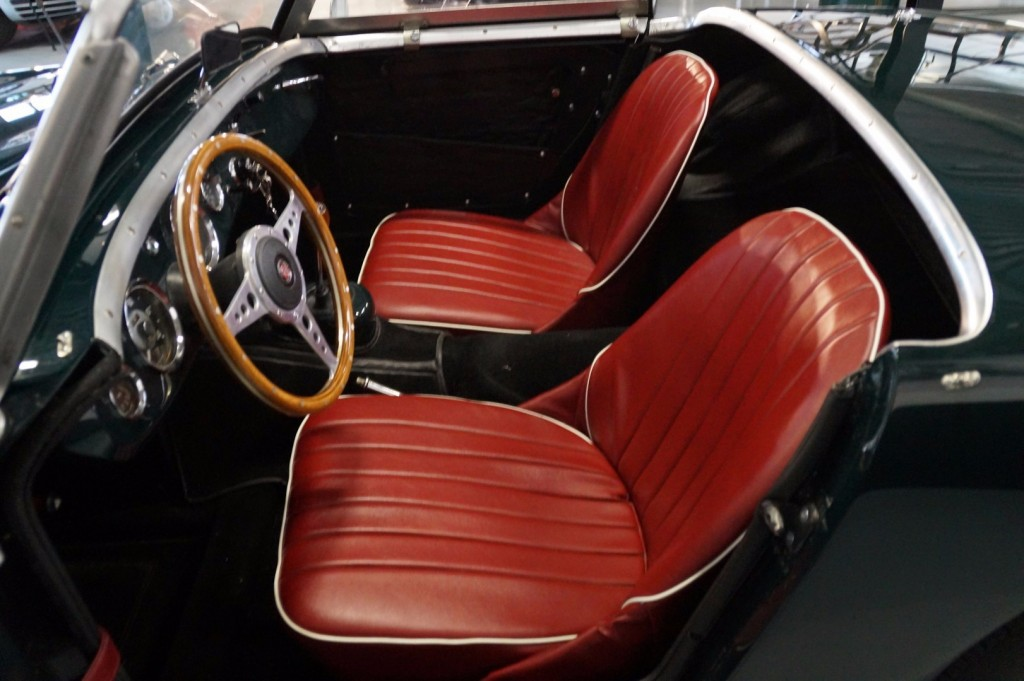 Buy this AUSTIN HEALEY SPRITE 1960  at Legendary Classics (8)