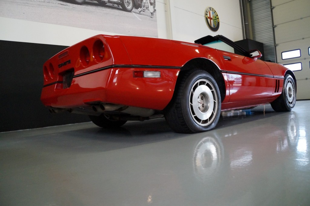 Buy this CHEVROLET CORVETTE 1986  at Legendary Classics (15)