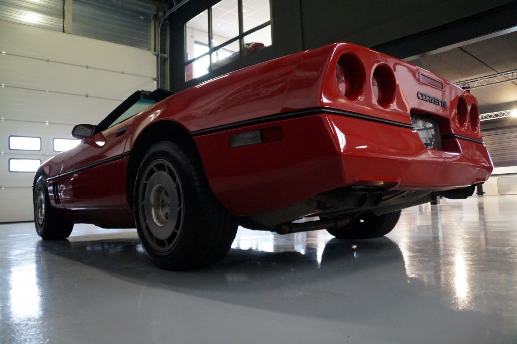 Buy this CHEVROLET CORVETTE 1986  at Legendary Classics (19)