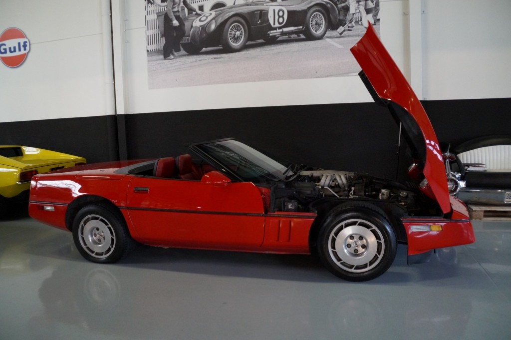 Buy this CHEVROLET CORVETTE 1986  at Legendary Classics (9)