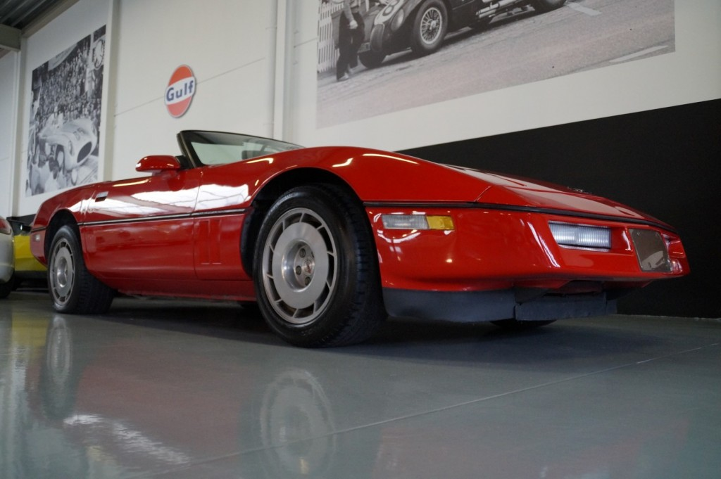 Buy this CHEVROLET CORVETTE 1986  at Legendary Classics (10)