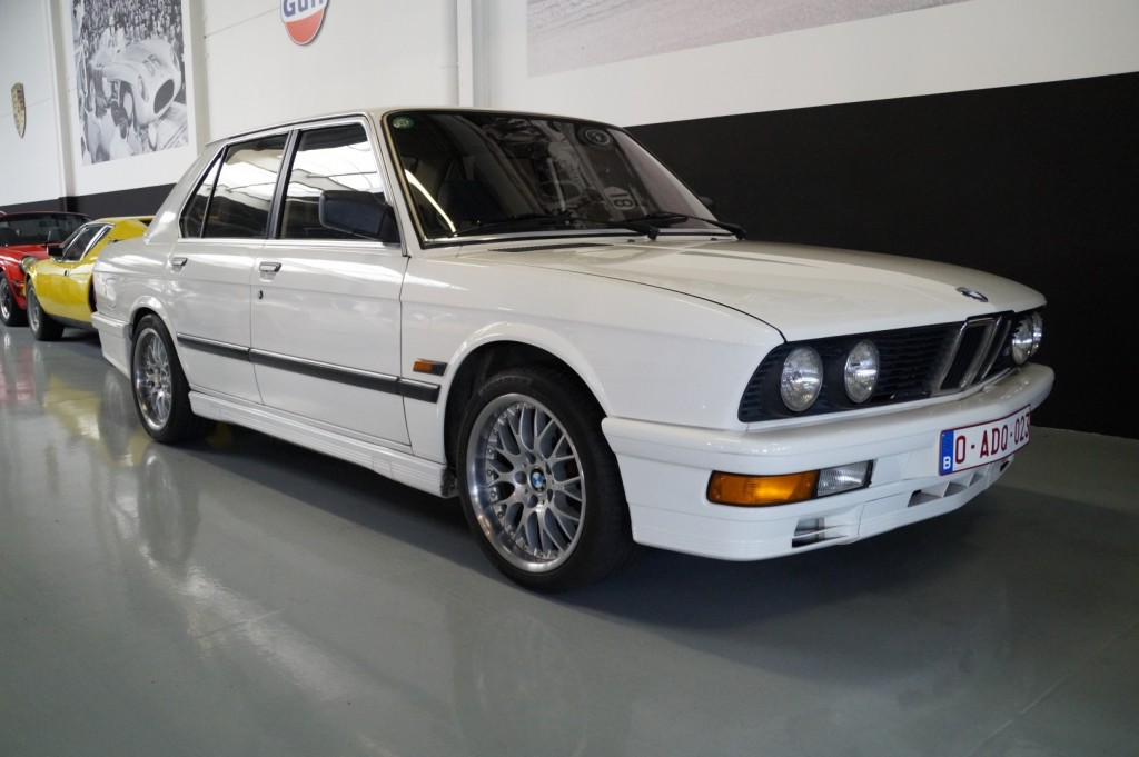 Buy this BMW 5-SERIE 1987  at Legendary Classics (2)