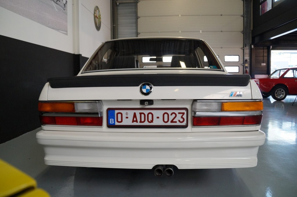 Buy this BMW 5-SERIE 1987  at Legendary Classics (16)