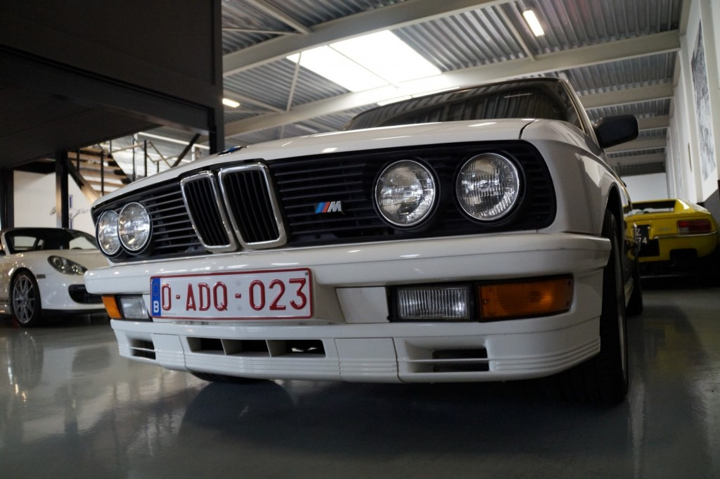 Buy this BMW 5-SERIE 1987  at Legendary Classics (21)
