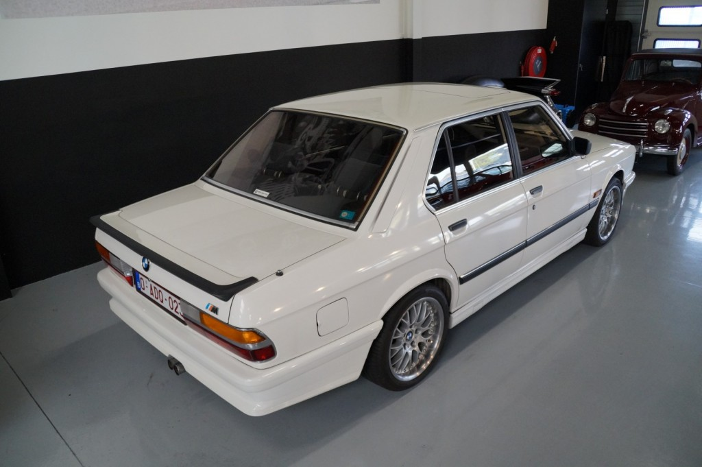 Buy this BMW 5-SERIE 1987  at Legendary Classics (4)