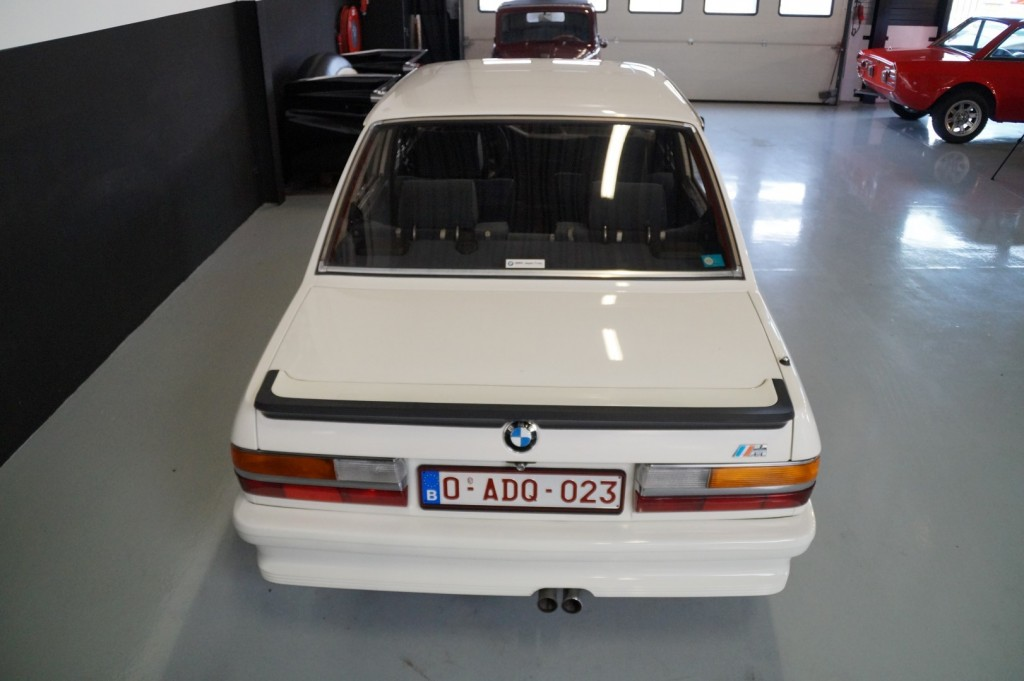 Buy this BMW 5-SERIE 1987  at Legendary Classics (5)
