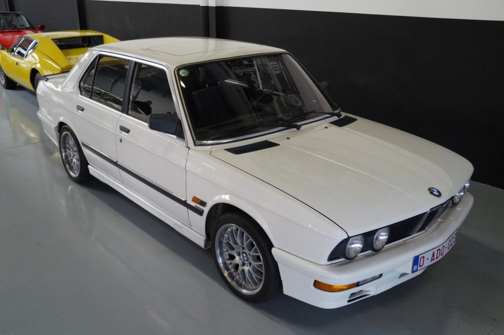 Buy this BMW 5-SERIE 1987  at Legendary Classics (10)