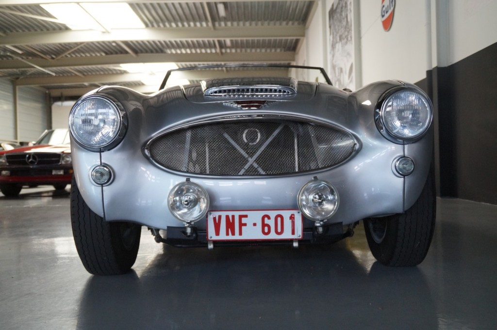 Buy this AUSTIN HEALEY 3000 1961  at Legendary Classics (19)