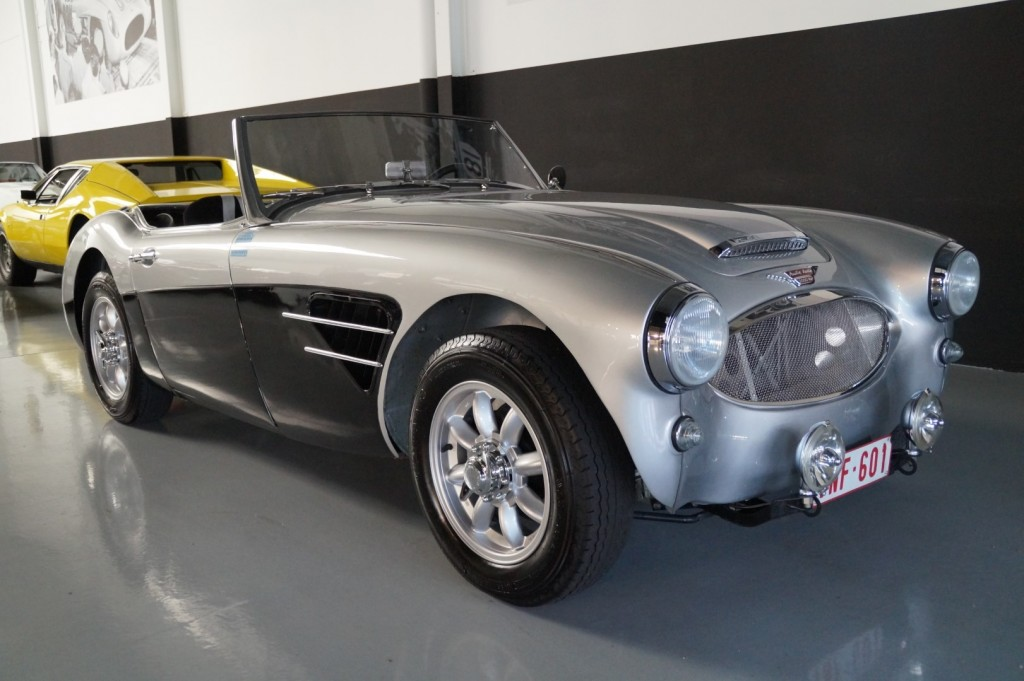 Buy this AUSTIN HEALEY 3000 1961  at Legendary Classics (3)