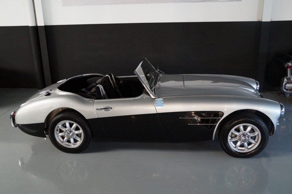 Buy this AUSTIN HEALEY 3000 1961  at Legendary Classics (22)