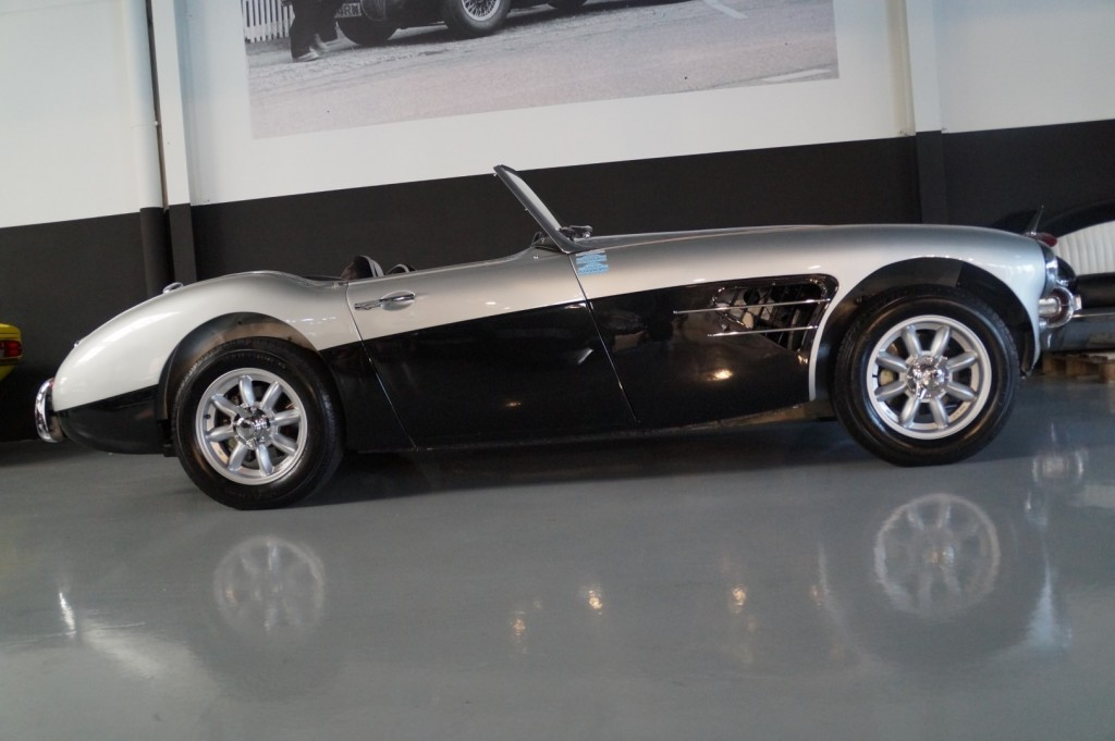 Buy this AUSTIN HEALEY 3000 1961  at Legendary Classics (4)