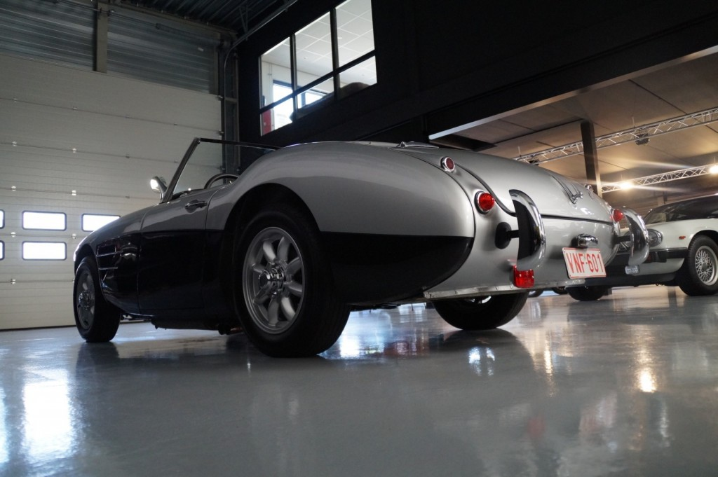 Buy this AUSTIN HEALEY 3000 1961  at Legendary Classics (31)