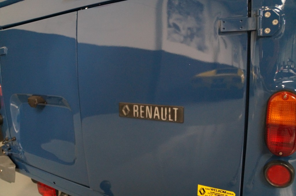 Buy this RENAULT OVERIGE 1980  at Legendary Classics (18)