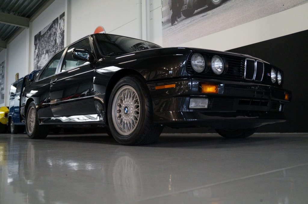 Buy this BMW M3 1987  at Legendary Classics (12)