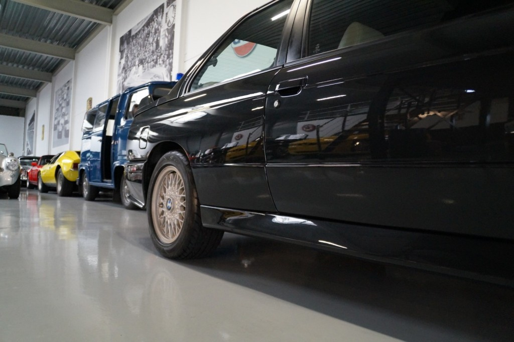 Buy this BMW M3 1987  at Legendary Classics (16)