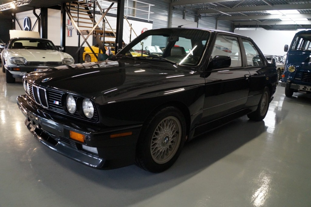 Buy this BMW M3 1987  at Legendary Classics (21)