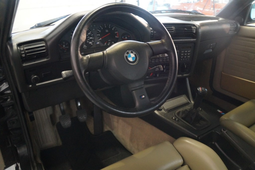 Buy this BMW M3 1987  at Legendary Classics (24)