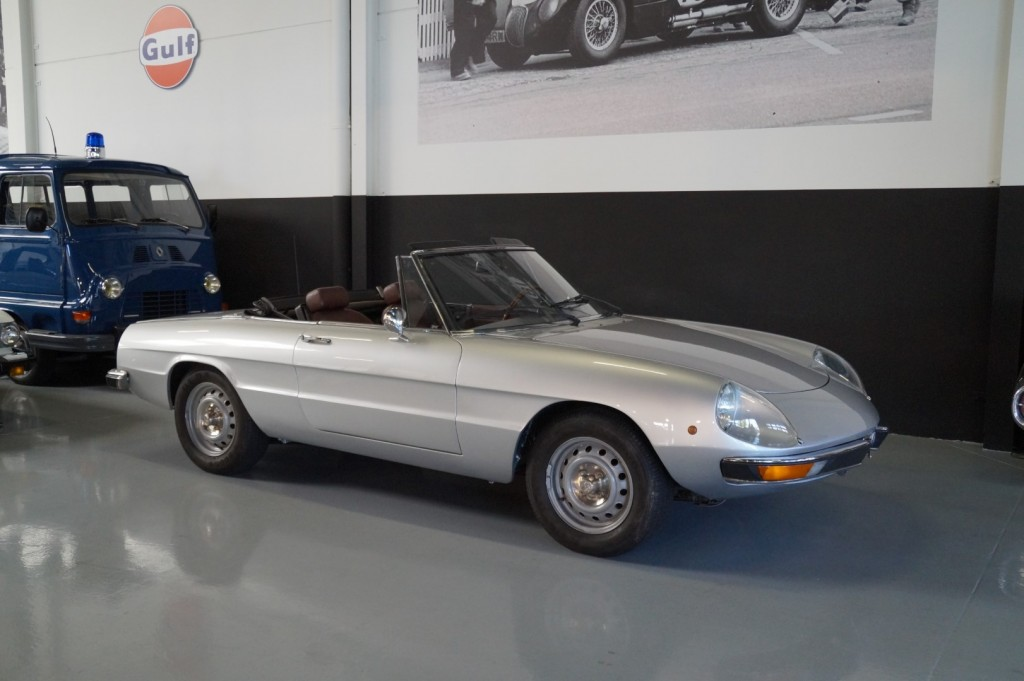 Buy this ALFA ROMEO SPIDER 1979  at Legendary Classics (1)
