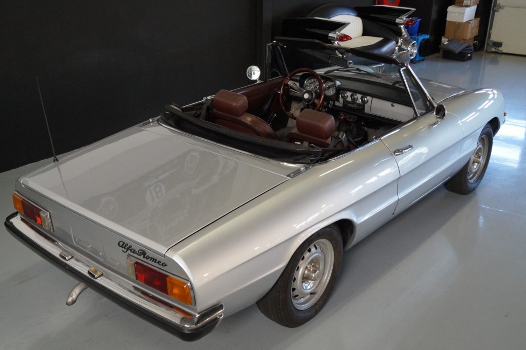 Buy this ALFA ROMEO SPIDER 1979  at Legendary Classics (7)