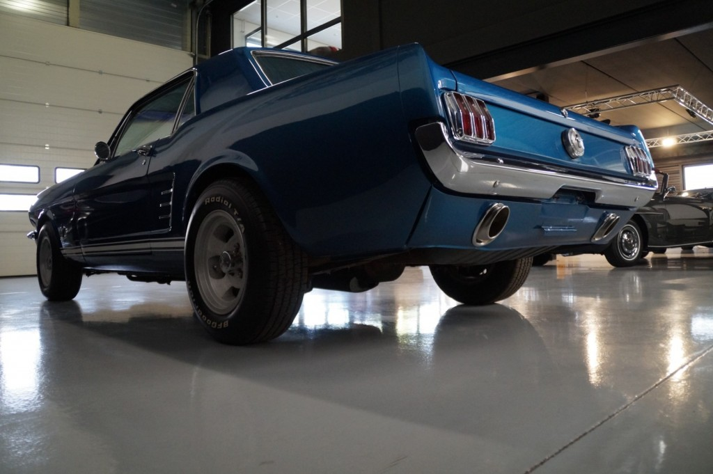 Buy this FORD MUSTANG 1966  at Legendary Classics (24)