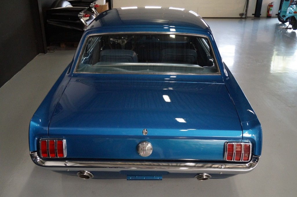 Buy this FORD MUSTANG 1966  at Legendary Classics (5)
