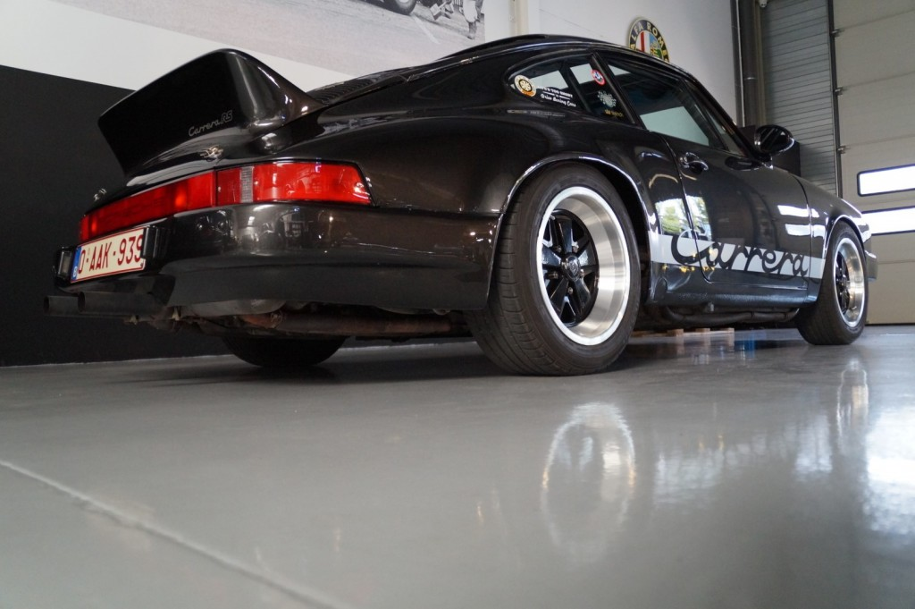 Buy this PORSCHE 911 1979  at Legendary Classics (17)