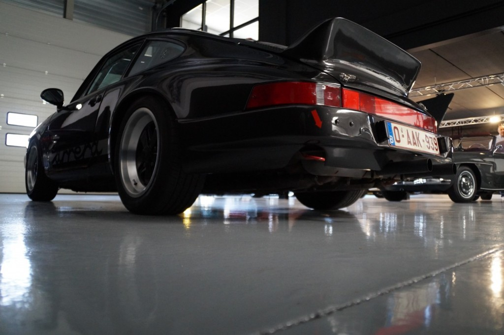 Buy this PORSCHE 911 1979  at Legendary Classics (24)