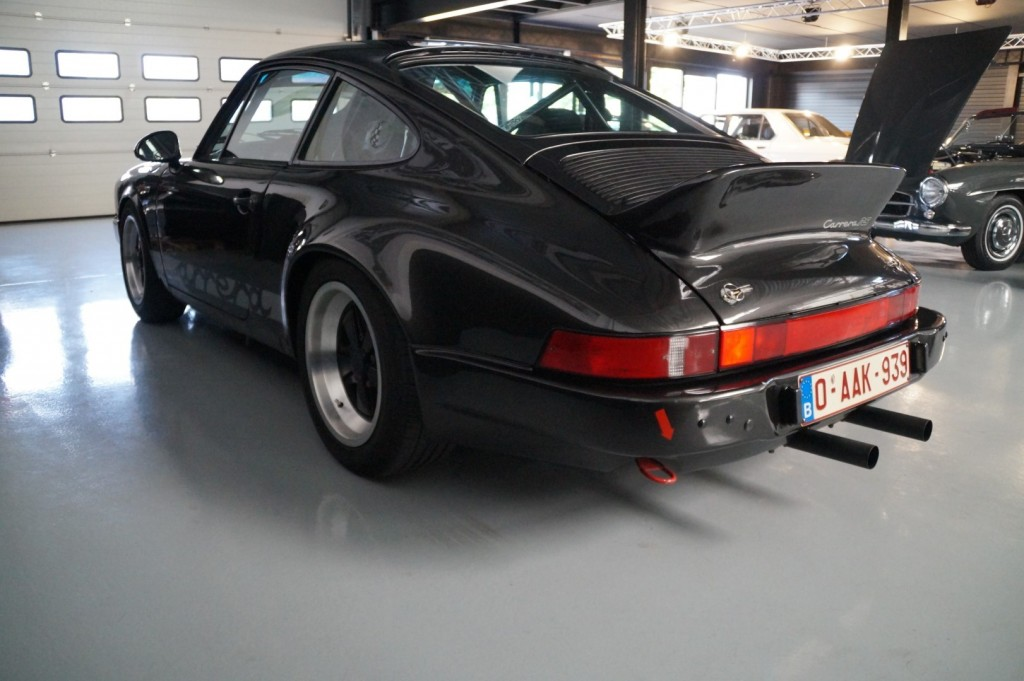 Buy this PORSCHE 911 1979  at Legendary Classics (25)