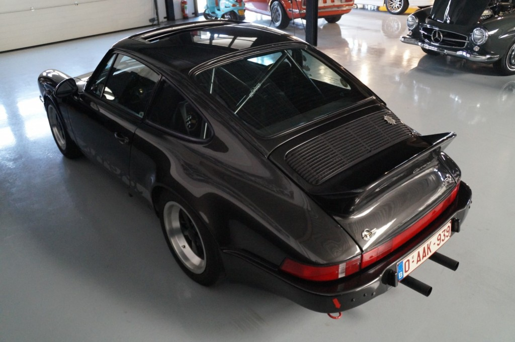 Buy this PORSCHE 911 1979  at Legendary Classics (26)