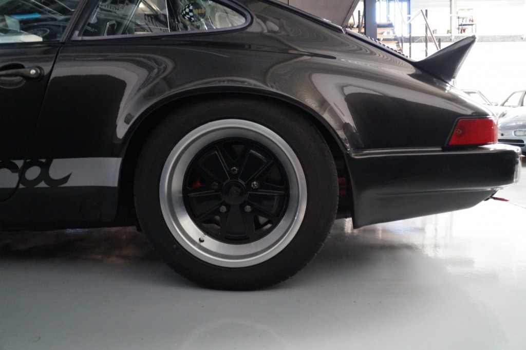Buy this PORSCHE 911 1979  at Legendary Classics (28)