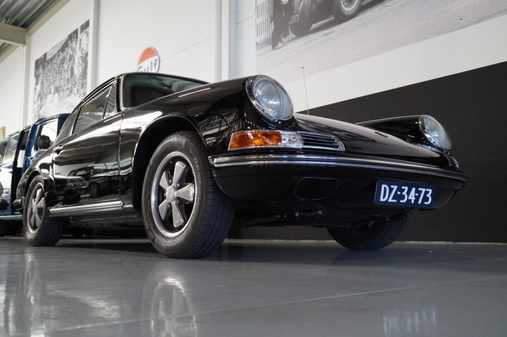 Buy this PORSCHE 912 1967  at Legendary Classics (11)