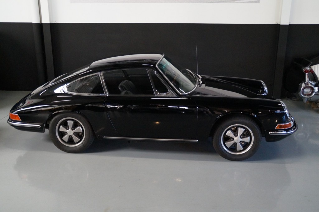 Buy this PORSCHE 912 1967  at Legendary Classics (16)