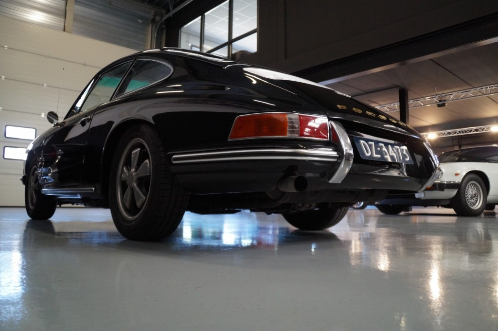 Buy this PORSCHE 912 1967  at Legendary Classics (20)
