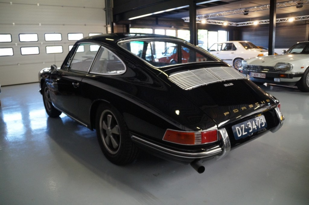 Buy this PORSCHE 912 1967  at Legendary Classics (21)